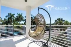 Epulum Horizontal Balcony Railing Silver Anodized | Fort Lauderdale, Florida