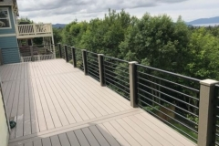 Residential horizontal deck railing | Seattle, Washington