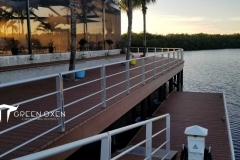 Epulum Anodized Silver Dock Railing | Fort Meyers, Florida