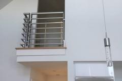 Residential Modern Horizontal Balcony Railing | Delaware